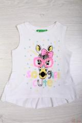 Fashionable girl's undershirt with bright