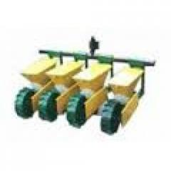 Seeder motor-block 4-row with a bar and a hitch