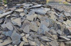 Brick facing fragmentary stone