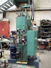 Honingovalny machine 3K833M