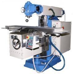 Machine shirokouniversalny console and milling