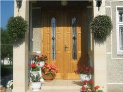 Резные двери деревянные