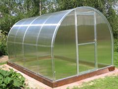 Greenhouses and hotbeds (own production)