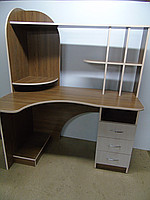 Компьютерный стол, угловой, с настройкой