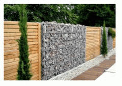 Gabions with decorative filling of a natural,