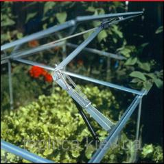 Automatic airing for greenhouses