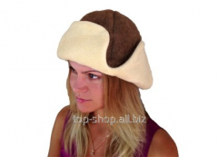 Cap from camel wool