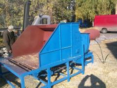 Universal grinder of phytoweight (straw crusher).