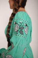The blouse embroidered in Bokho-stile
