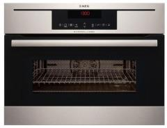 The built-in oven of Aeg KM 8403021 M