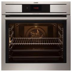 The built-in oven of Aeg BP 831600 NM