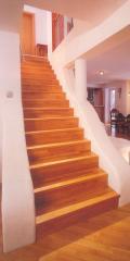 Ступени лестниц клееные, подступёнки, косоуры,
