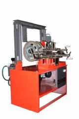 The machine for straightening of all types of disks of disks Sirius-MR manual hydraulic pump
