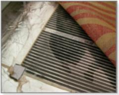 Heat-insulated floor of Caleo. Infrared film