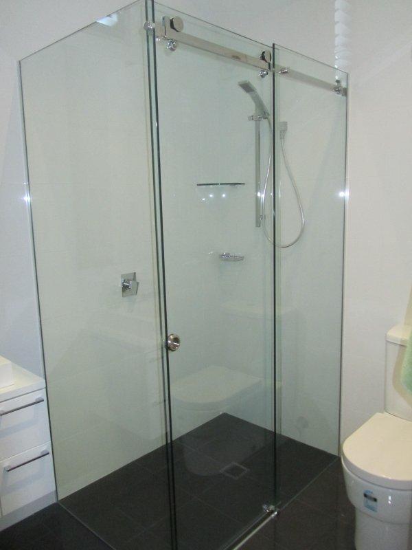 Shower cabins from glass buy in Kiev
