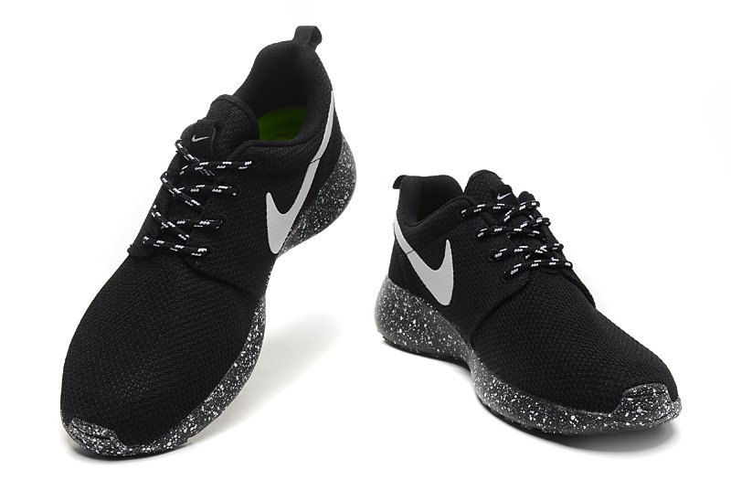 Nike of groves of wounds of 1 nike roshe run 1 chern + black sole