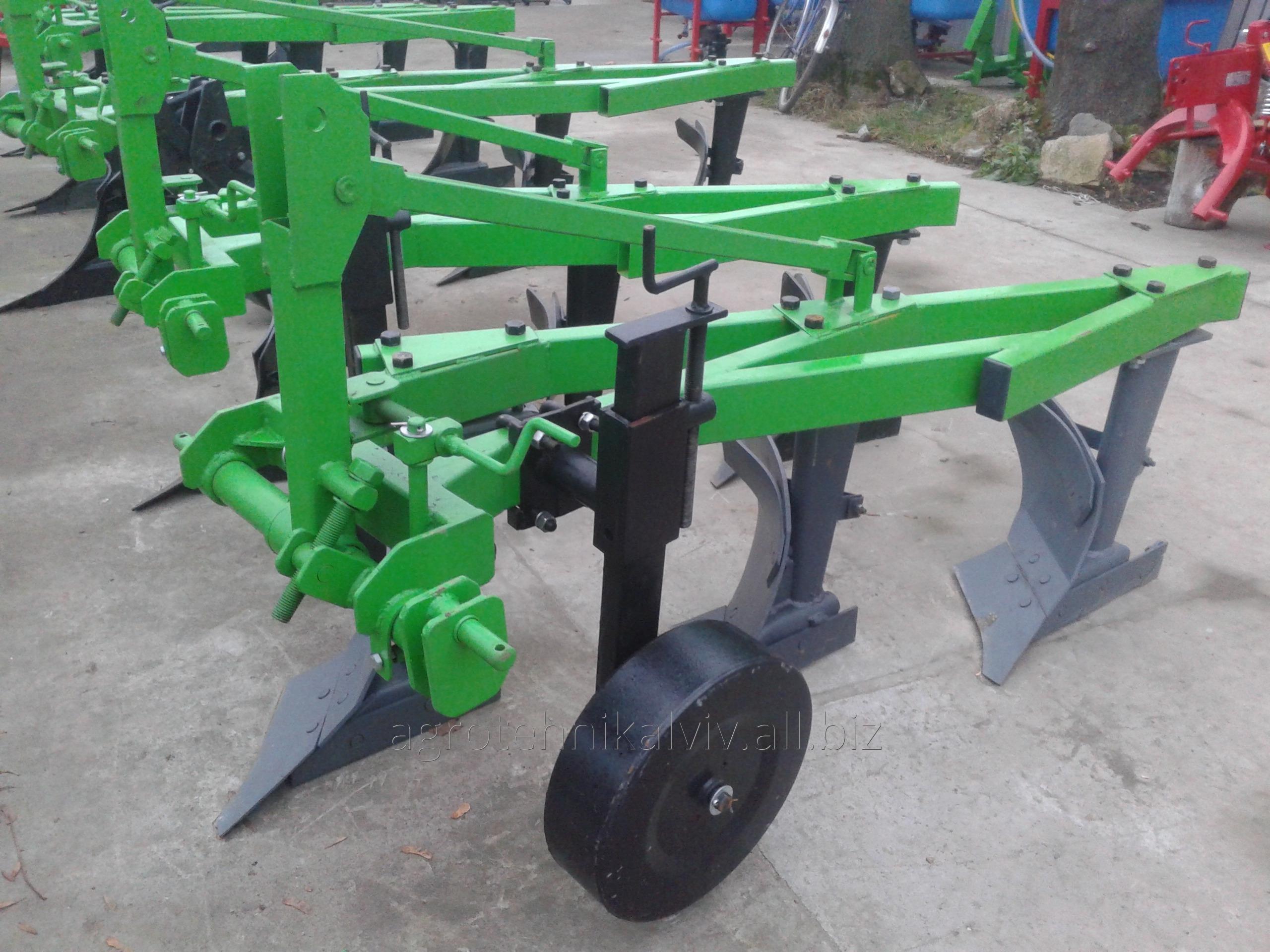 plug_3_25_k_traktoru_t_40