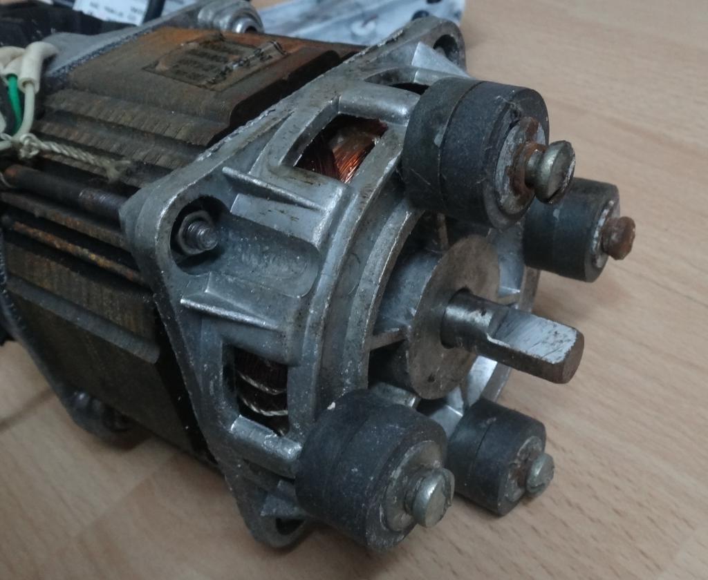odnofaznyj_kondensatornyj_asinhronnyj_elektrodvigatel