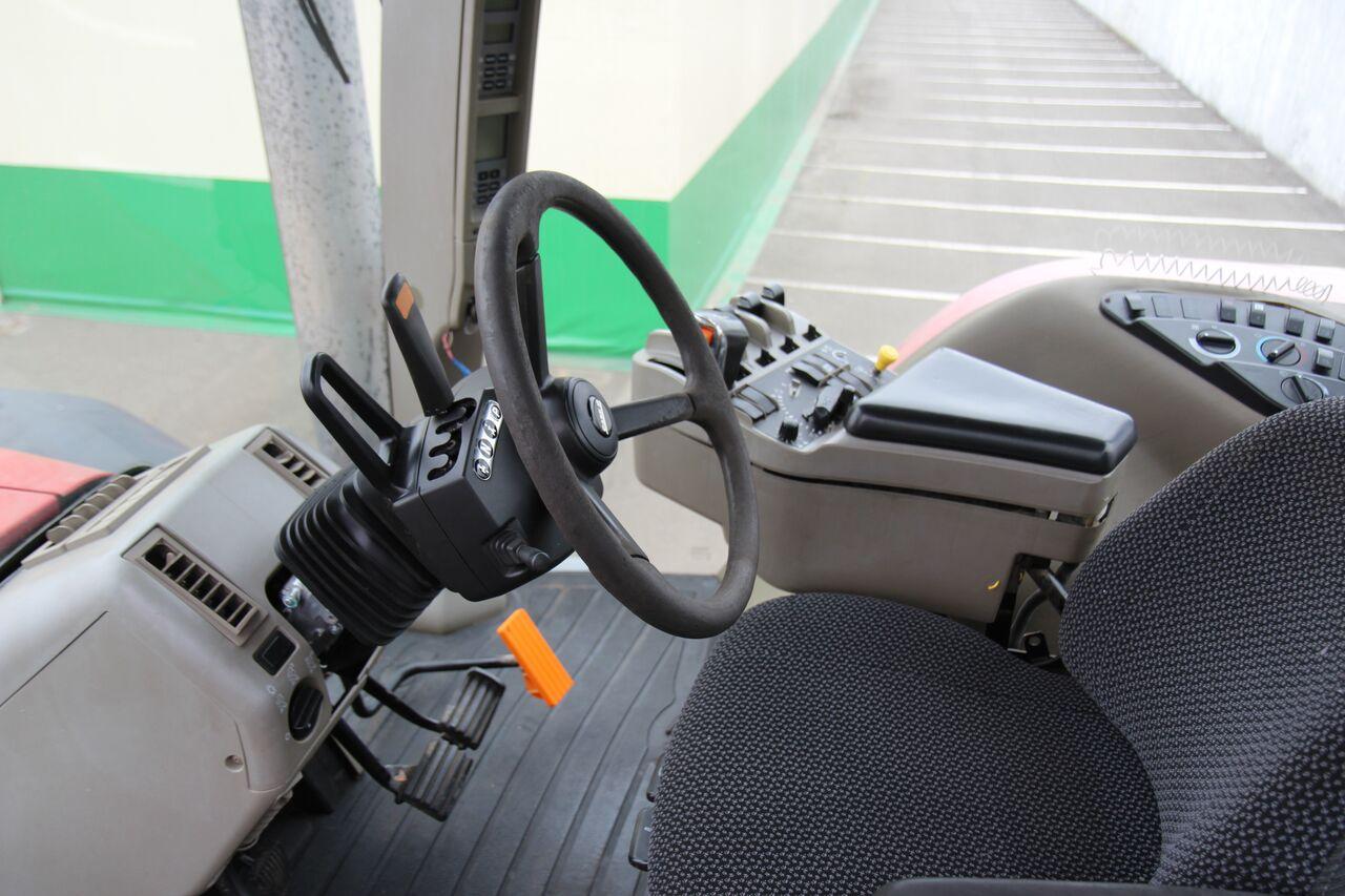 traktor_kolisnij_case_285