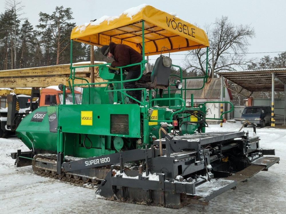 asfaltoukladchik_gusenichnyj_vgele_1800_v_nalichii
