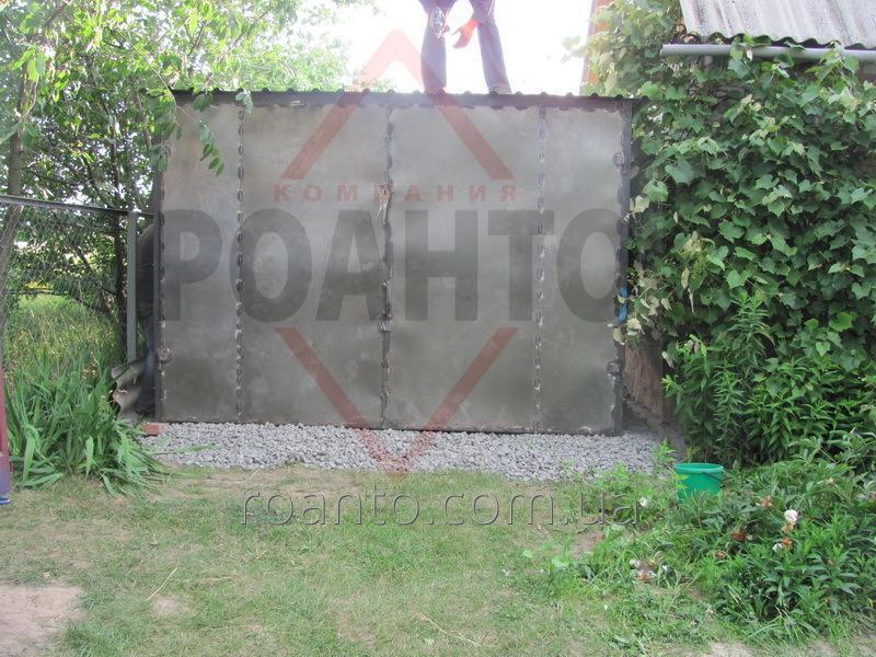 garazhi_metallicheskie_razbornye_13900_00_grn