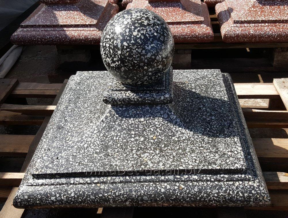 kolpak-na-stolb-kvin-45h45-sm-betonnyj-s-mramornoj