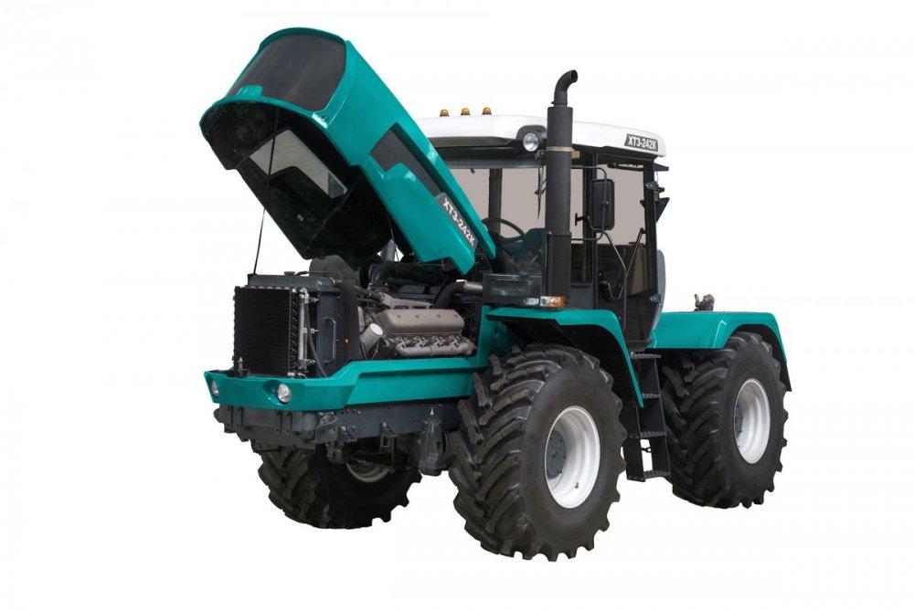 traktor_kolesnyj_htz_242k20_universalnyj
