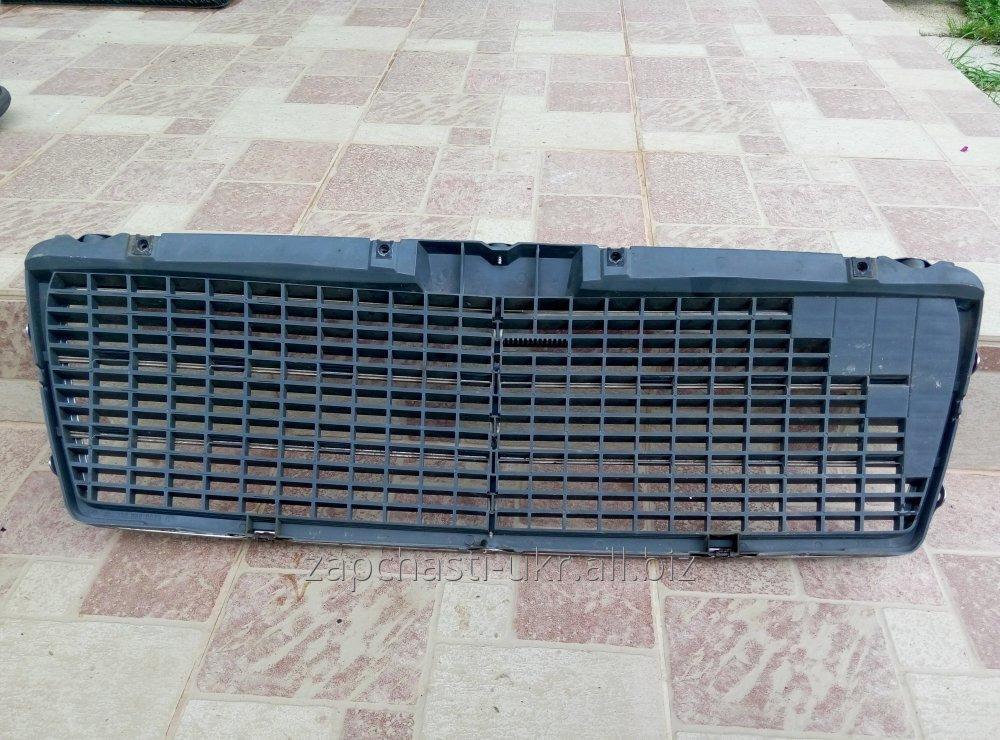 reshetka_radiatora_mersedes_w210_1999g