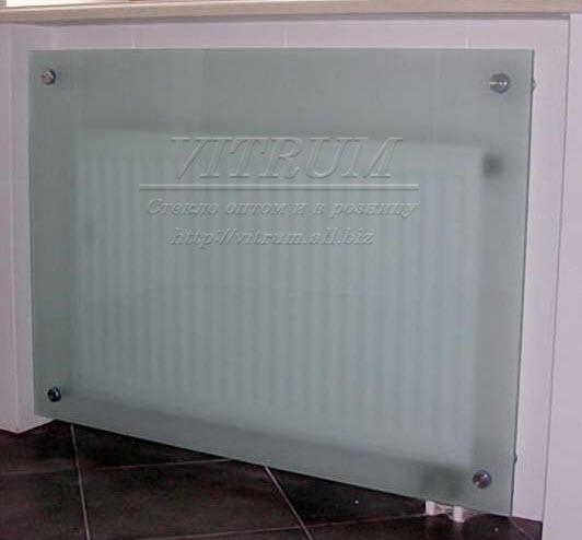 ekrany_steklyannye_dlya_radiatorov