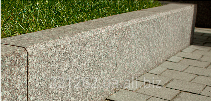 bordyur_z_faskoyu_10_cadovij_100h80hl_600_1200mm_zhezhelivske_granit_temno_sirij_pilenij
