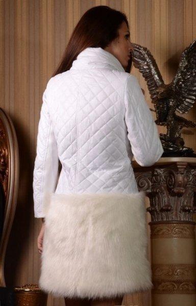 Стеганое теплое пальто с мехом внизу по договорной цене в Днепродзержинске, Украина