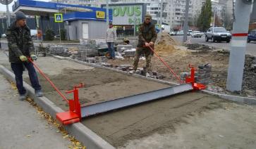 kleshchi_dlya_trotuarnoj_plitki_bruschatki