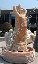 fontany_skulptury_elementy_dizajna_iz_granita