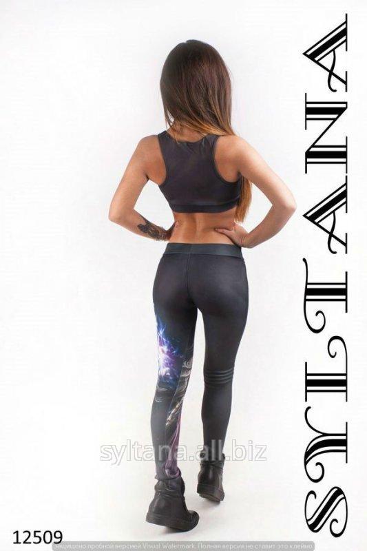 zhenskij_kostyum_dlya_fitnessa_kod_12509