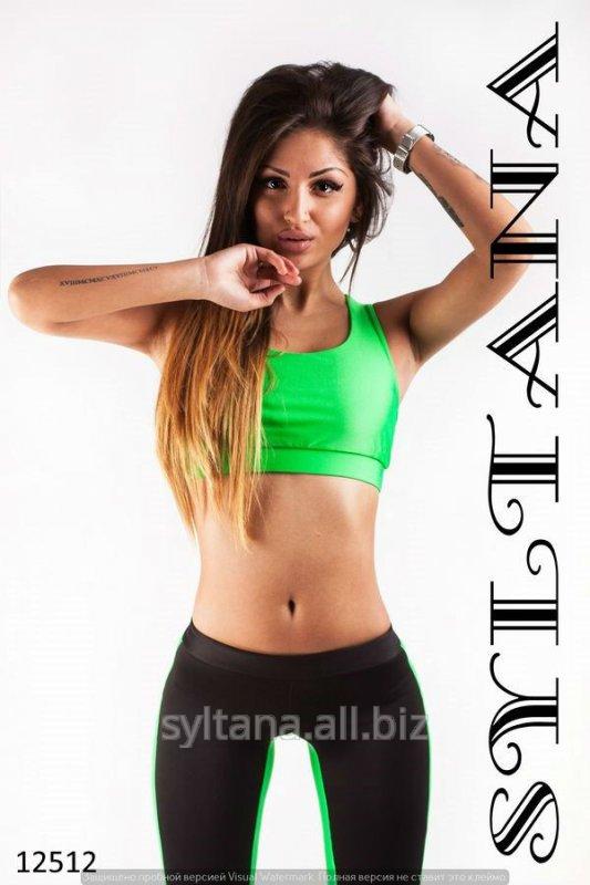 zhenskij_kostyum_dlya_fitnessa_kod_12512