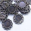 Коннектор-сеттинг круглый под кабошон, металл, цвет: бронза, размер: диаметр 13мм, внутренний размер 8мм, толщина 2мм, отверстие 1.5мм, (УТ0026168)