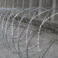 Spiral barrier the Fidget Super 1250/7 of a barbed wire