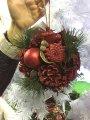 Омела новогодняя с шишками и ягодами.декоративный шар.16 см Красный декор.
