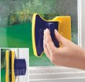 Magnetic brush for washing of windows from two parties at the same time Glass Wiper
