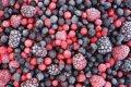 Плодово-ягодная смесь замороженная клубника, слива,яблоко, черноплодная рябина