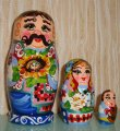 The Ukrainian painted nested doll from 3 pieces big 317