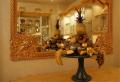 Изделия из янтаря: картины, портреты, икони, часы, вазы