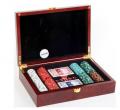 Набор для игры в покер в деревянном кейсе. 200 фишек