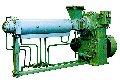 """Черв'ячні машини (экструдеры)  ВАТ """"НПП """"Більшовик"""" спеціалізується на виготовленні гами экструдеров для переробки пластмас із діаметром черв'яка від 32 до 320 мм."""