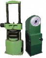 Испытательный пресс ПСУ-50 (усилие 50 т.с.) для статических испытаний стандартных образцов стройматериалов на сжатие, а также испытание кирпича на поперечный изгиб.