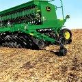 Механическая зерновая сеялка John Deere 455