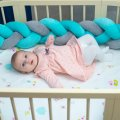 Бортик в детскую кроватку Хатка в виде косички Мятно-серый, 120 см (одна сторона кроватки)