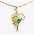 Suspension bracket jeweler of yellow gold 585 of test with PE-6604y emerald