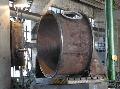 Колонны тарельчатые колпачковые для проведение химических массообменных процессов в различных технологических циклах, изготавливаются двух типов: с наружным и внутренним переливом жидкости