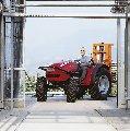 Трактор MF 2400